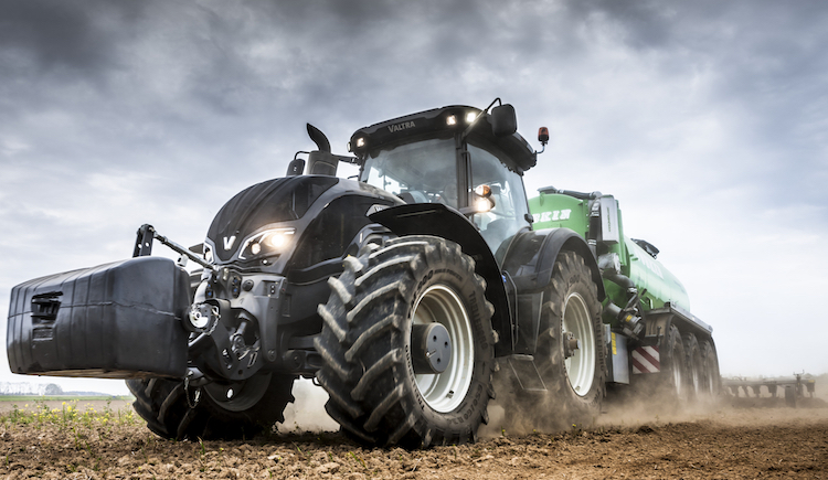 Valtra S394: born to be the best