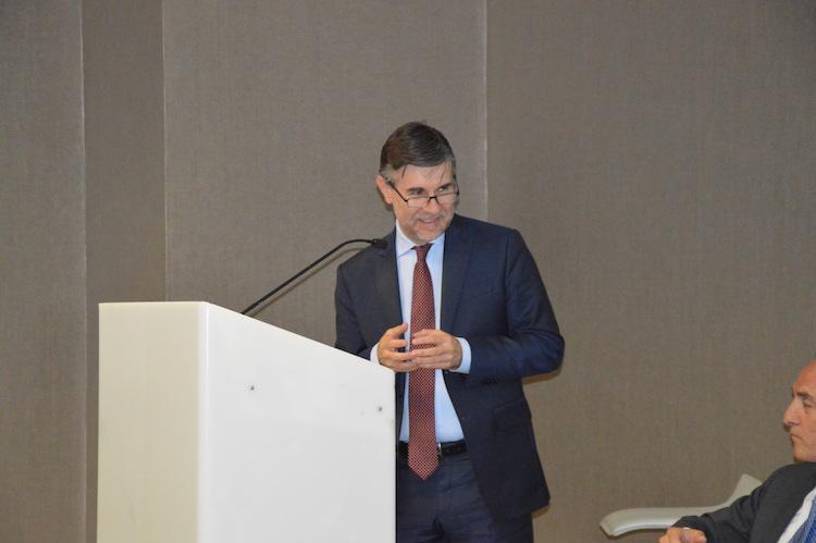 viceministro-all-agricoltura-andrea-olivero-giugno-2017-convegno-una-strategia-per-il-settore-ortofrutticolo-italiano-fonte-alessandro-vespa