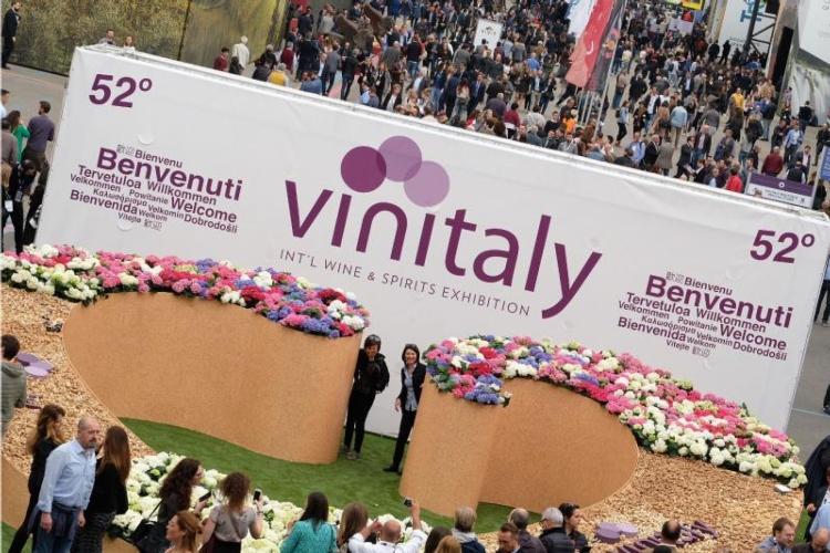 vinitaly-2018-apertura-by-veronafiere-fonte-foto-ennevi-20180415.jpg