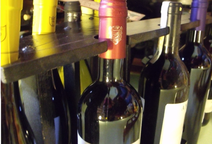 vino-bottiglie-enoteca-750-by-matteo-giusti-agronotizie-jpg