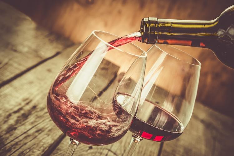 vino-rosso-bicchieri-by-anaumenko-fotolia-750.jpeg