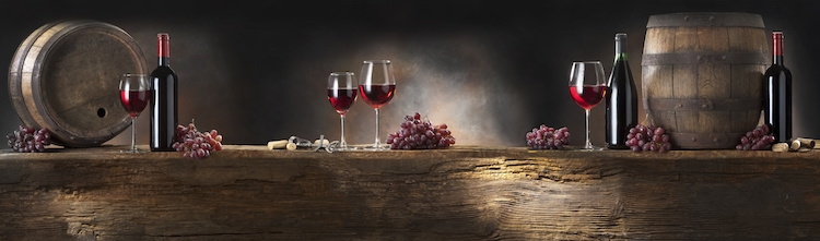 vino-vitivinicoltura-bicchieri-bottiglie-botte-by-jirkab-fotolia-750