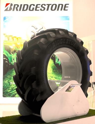 vt-tractor-bridgestone