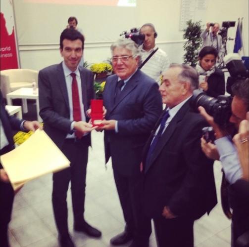 walther-faedi-cra-frutticoltura-forli-premio-carriera-macfrut-2014-ministro-maurizio-martina-fonte-agronotizie.jpg