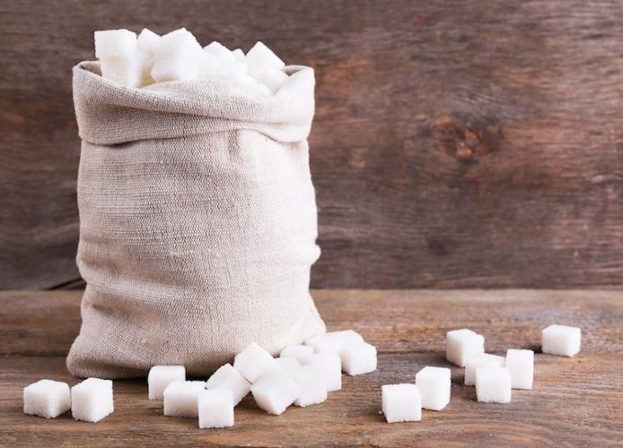 zucchero-zollette-by-africa-studio-fotolia.jpg