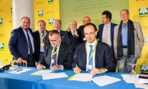 accordo-cai-presidente-dalla-bernardina-coldiretti-presidente-moncalvo-forum-cernobbio-ottobre-2017-fonte-coldiretti