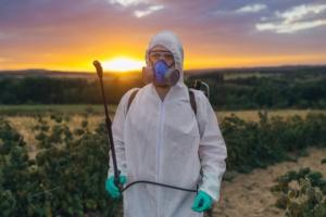 L'incertezza dell'agricoltore: sempre meno sostanze attive