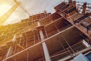 cantiere-in-costruzione-impalcature-by-bits-and-splits-fotolia-750