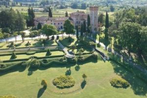 castello-di-spessa-cinquemani-750x500