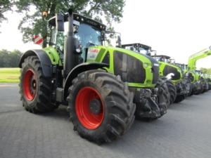 Arion 500-600 e Axion 900, Claas amplia la gamma trattori