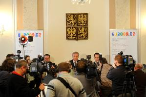 conferenza_stampa_topolanek-photoeu2009cz
