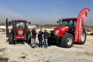 consegna-due-trattori-mccormick