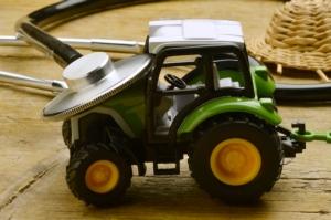 copia-di-trattore-trattori-macchine-agricole-by-comugnero-silvana-fotolia
