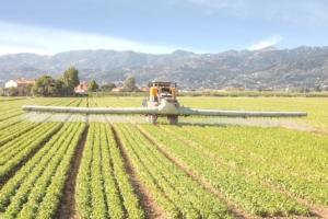 diserbo-macchine-agricole-by-federico-rostagno-fotolia-750
