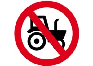 divieto-macchine-agricole-by-blattwerkstatt-adobe-stock-750