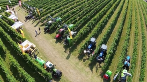 enovitis-in-campo-2018-panoramica-campo-schermata-video-agri-luke