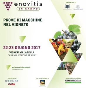 enovitis-in-campo-espositori-vite-vigneto-macchine-trattori