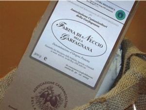 farina-neccio-garfagnana-dop-by-associazione-castanicoltori-garfagnana