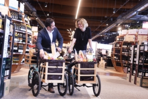 fico-clienti-biciclette-fonte-fico