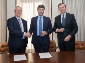 firma-accordo-gruppo-cariparma-credit-agricole-e-confagricoltura-hughes-brasseur-mario-guidi-ariberto-fassati