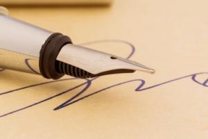 firma-contratto-contratti-documento-gina-sanders-fotolia-750x500
