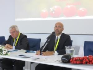 foto-simposio-pomodoro-trentini-e-mirabella-09ott2015-in-press-ufficio-stampa