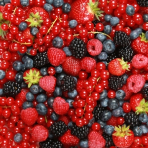 frutti-di-bosco-piccoli-frutti-fragole-more-mirtilli-ribes-by-markus-mainka-fotolia-750x750