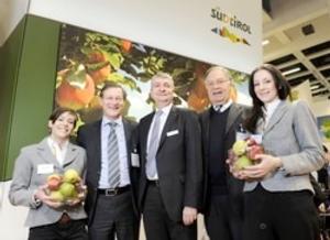 interpoma-presentazione-fiera-mela-fruit-logistica-berlino-8-febbraio-2012-fiera-novembre-2012