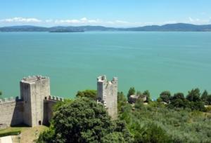 lago-trasimeno-paesaggio-by-adbar-wikipedia-jpg