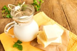 latte-burro-latticini-lattiero-caseari-by-mizina-fotolia-750