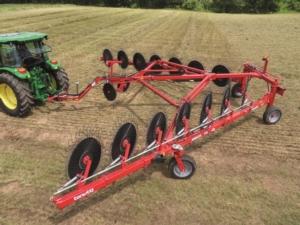 macchine-agricole-ranghinatore-fonte-bgroup