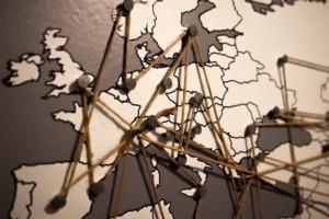 mappa-italia-europa-fonte-andrasbarta-pixabay