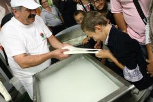 mozzarella-bufala-consorzio-a-cheese-2013