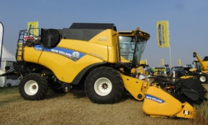 new-holland-cr-revelation-780-innovagri-2018