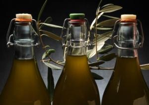 olio-bottiglie-by-comugnero-silvana-fotolia-750
