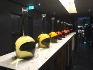 padiglione-vino-ampolle-colori-expo-2015-byagncs