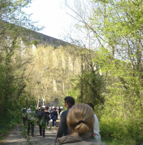 passeggiata-che-porta-al-camminamento-dei-ponti-della-valle-fonte-foto-addolorata-ines-peduto-pubblici-giardini-20211020