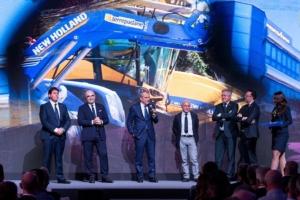 premiazione-terrepadane-a-eima-2018-premio-new-holland-fonte-terrepadane
