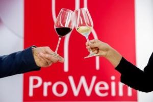 prowein-2018-brindisi-fonte-messe-dusseldorf-constanze-tillmann-600x400
