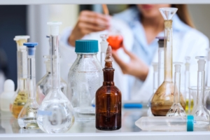 ricerca-scienza-laboratorio-esperimenti-by-lordn-fotolia-750