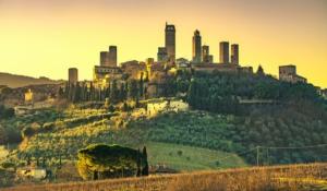 san-gimignano-toscana-paesaggio-by-stevanzz-fotolia-750