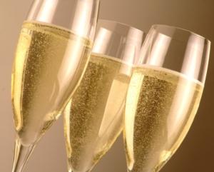 spumante-spumanti-prosecco-vino-bianco-bollicine-by-enrico-scarsi-fotolia-750