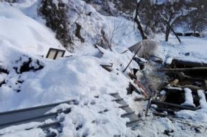 stalla-crollata-terremoto-neve-by-coldiretti