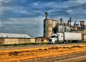 trasporto-cerali-camion-byflickrcc20-monicasdad