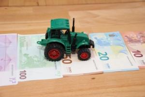 trattore-mercato-trattori-mercati-by-calla-adobe-stock-750x500
