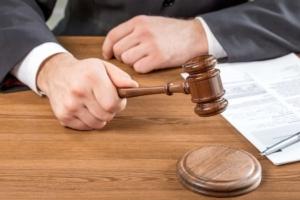 tribunale-sentenza-giustizia-by-billionphotos-com-fotolia-750