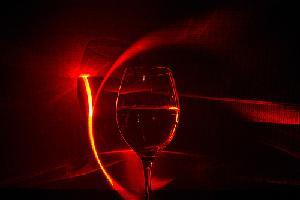vino-rosso-laser-byflickrcc20-bhollar