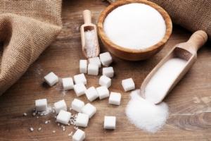 zucchero-sfuso-zollette-by-beatsfotolia-750