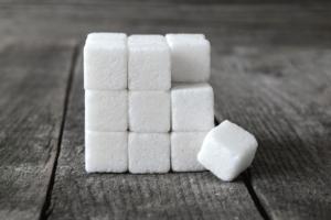 zucchero-zollette-cubo-cubetti-by-kerim-fotolia-750